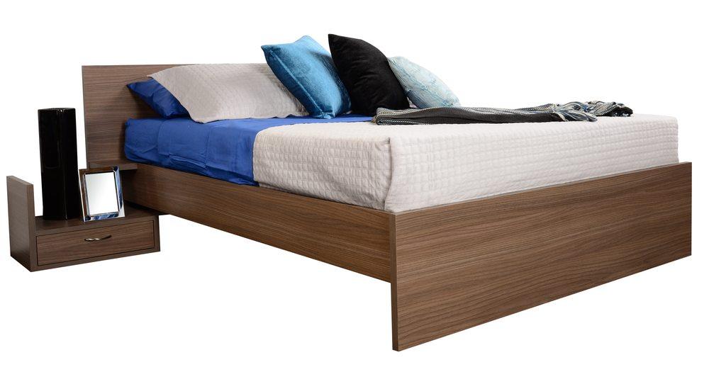 Ein hochwertiges Bett ist das A und O für einen gesunden Schlaf. (Bild: © K. Miri Photography - shutterstock.com)