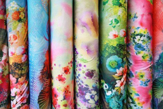 Im Nähcenter finden sich über 10'000 Artikel zum Fertigen hochwertiger Textilien. (Bild: triocean / Shutterstock.com)