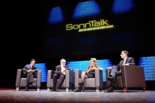 Christoph Moergeli, Markus Gilli, Doris Fiala und Mario Fehr beim Sonntalk (Bild: © screen-up)
