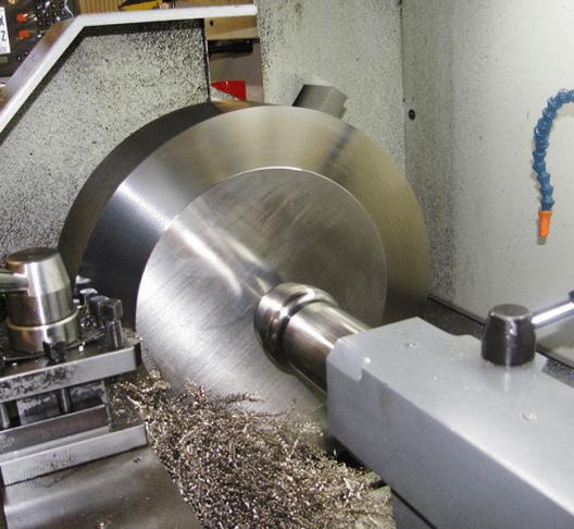Der Maschinenpark der Heppler AG erfüllt höchste Qualitätsstandards. (Bild: © Heppler AG)