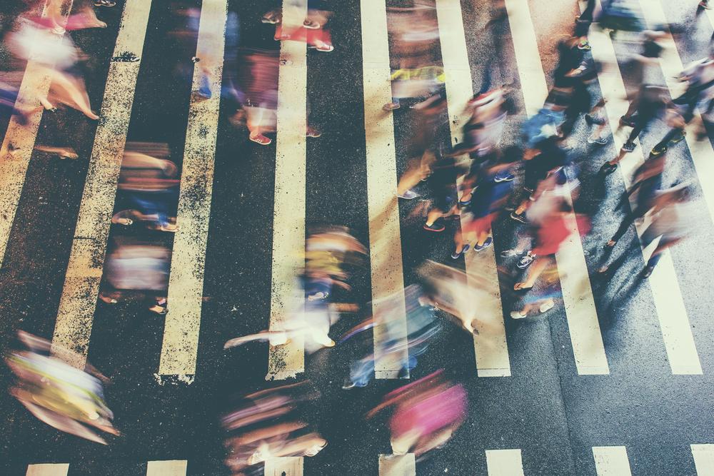 Schnelllebigkeit in einer Fussgängerzone